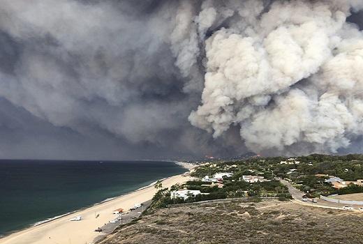 Mỹ: Cháy rừng liên tiếp xảy ra, ít nhất 25 người thiệt mạng và 110 người mất tích