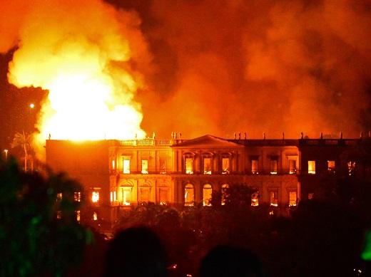 Brazil: Cháy Viện bảo tàng Quốc gia, gần 20 triệu hiện vật trưng bày bị thiêu rụ