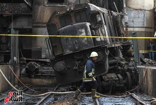 Ai cập cháy tàu hỏa, hơn 60 người thương vong