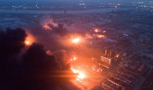 Trung Quốc: Nổ nhà máy hóa chất, hàng trăm người thương vong