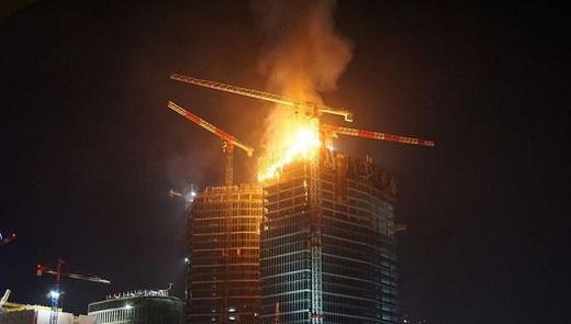 Ba Lan: Cháy tòa nhà cao tầng đang trong quá trình thi công